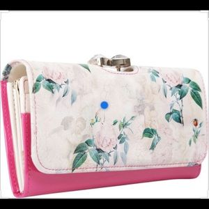 🌸Ted Baker Timeless Romantic Matinee Wallet🌸